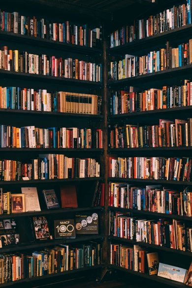 books-bookshelves-bookstore-1907785